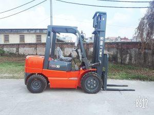 Xe nâng Heli 3 tấn H2000